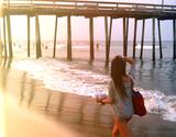 Avatar_profile_beach-beauty-boardwalk-girl-summer-favim.com-92173_original